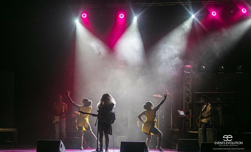 Girls_on_the_move - Maverick MK2 Spot 3